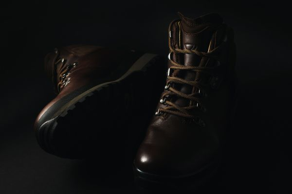 Best Hiking Boots for Men - HelloTrail